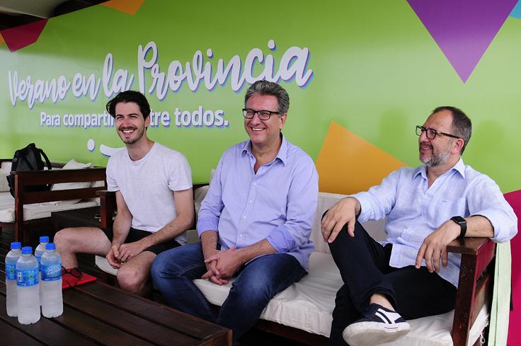El Presidente del Instituto junto al Secretario general de Gobierno, Fabián Perechodnik y el Subsecretario Martín Robles.